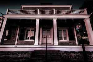 Haunted-San-Diego-Whaley-House-Tour